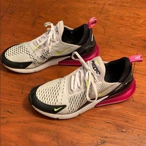 Nike Air 270 shoes
